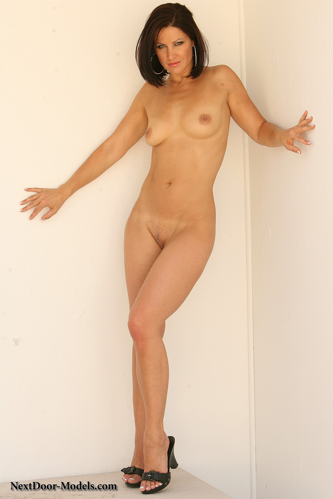 galleries nextdoor models content 214 img 13