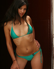 Lealas Green Micro Bikini Looks As Good On Her As It Does Off Her..... Ya Right! - Picture 2